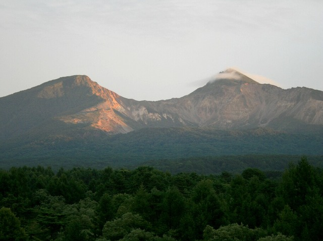 夕焼けの裏磐梯山